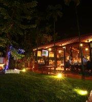 Khong Cam Quan Restaurant