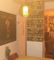 Santorini Club - Chill & Music