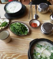 Countryside Chinese Medicine Pork Rice Soup