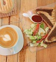 Pillango Cafe