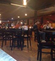 Chain 'O Lakes Bar & Grill