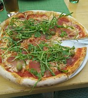 Giusto Bistro & Pizzeria