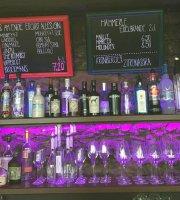 Bunt Bar