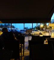 Cafeteria Tropic