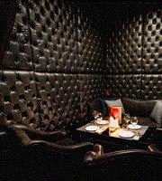 Louis.....restaurant&karaoke