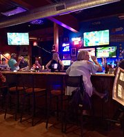 Wooded Hills Bar & Grill