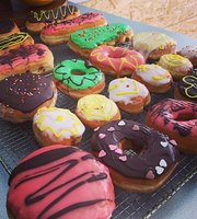 Gus's Donuts