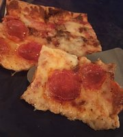 Leonardo's Pizza Villa