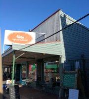 Nola Cafe and Restaurant