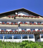 Hotel Ristorante Tre Pini