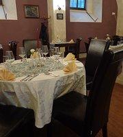 Restaurace Renesance Zamecky hotel Trest