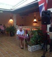 El Patio Bar & Restaurante