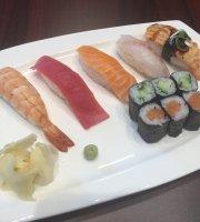 Takeshi Sushi Bar