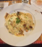 Delirios Otoñales Restaurant