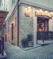 Vintage Pub & Restaurant