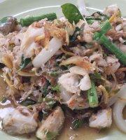 Nhong Rim Klong