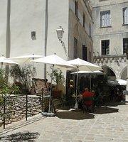 Le Gui Vin's