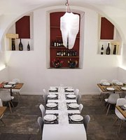 Sassin Restaurant