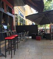 Cosy Pub
