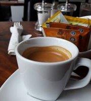 De Pine Cafe