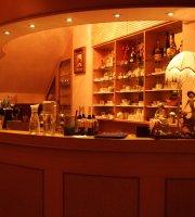 Fang Bu Cafe