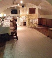 Praga Restaurant