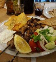 Taverna Perdika-II