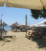 Melydron Cafe Beach Bar