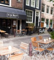 ‪Cafe Restaurant In de Buurt‬