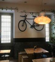 Magnebevo Cafe