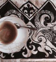 Cafe Malliatte - The Vintage Coffee Shop