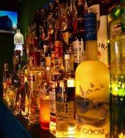 Santos Pecados Restaurant & Bar
