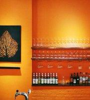 Good Times Eatery & Wine Bar