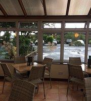 Le Jardin Cafe