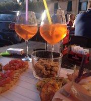 E.brezza Enoteca Wine Bar