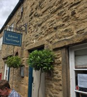 Edensor Tea Cottage & Licensed Cafe