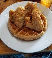 Nana's Chicken-N-Waffles