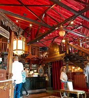 ‪The Old Spaghetti Factory‬
