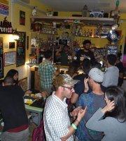 Tsunami Pub