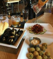 Maryn's Taphouse and Raw Bar