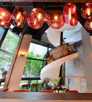 Essence Cafe (Xintiandi)