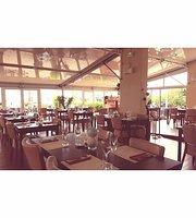 Le 140 Bar-Restaurant
