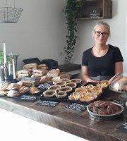 Nya Almviks Cafe