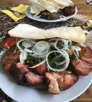 Anuszik Grill Bar