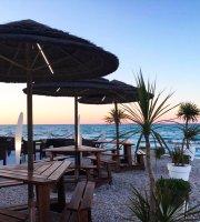 Oasi Beach Restaurant