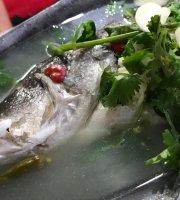 R & L Seafood