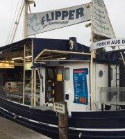Flipper - Das Raucherschiff