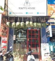 10am's House Cafe & food