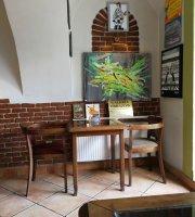 Verde Pizzeria Caffe