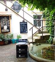 Cafe Schonau